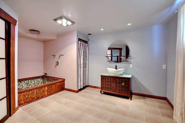 coin repas chambre coucher principale salle de bains chambre coucher mezzanine sous sol salle de bains 2 salle deau cour extrieur terrain avant